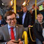 Die Reisegrupp im Bus